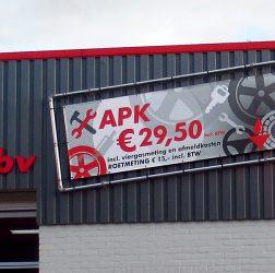 Garagebedrijf B. Hendriksen bv - spandoek APK