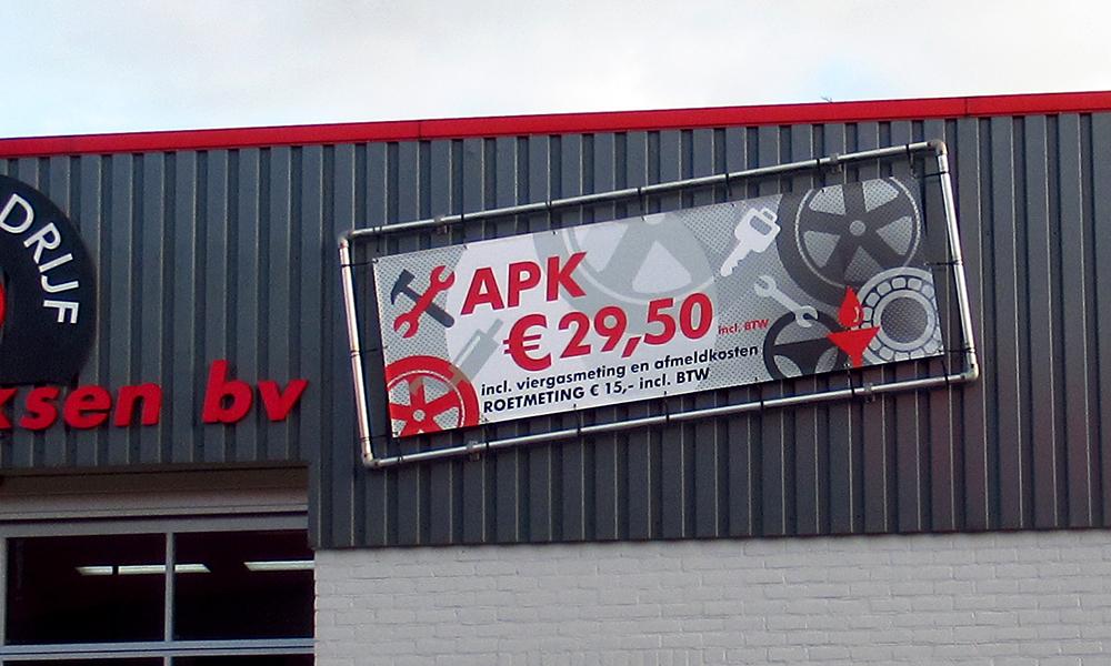 Garagebedrijf B. Hendriksen bv - spandoek