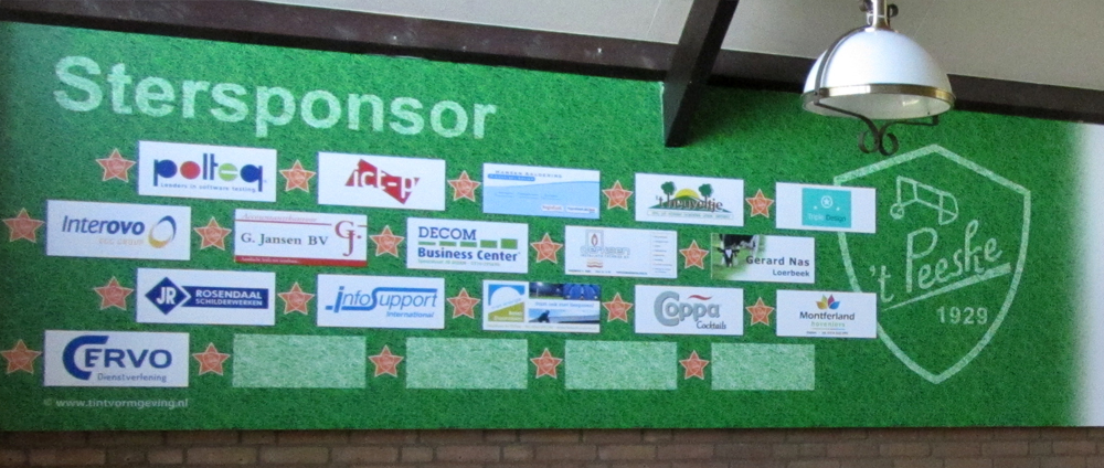 Voetbalvereniging 't Peeske – sponsorwand – stersponsors