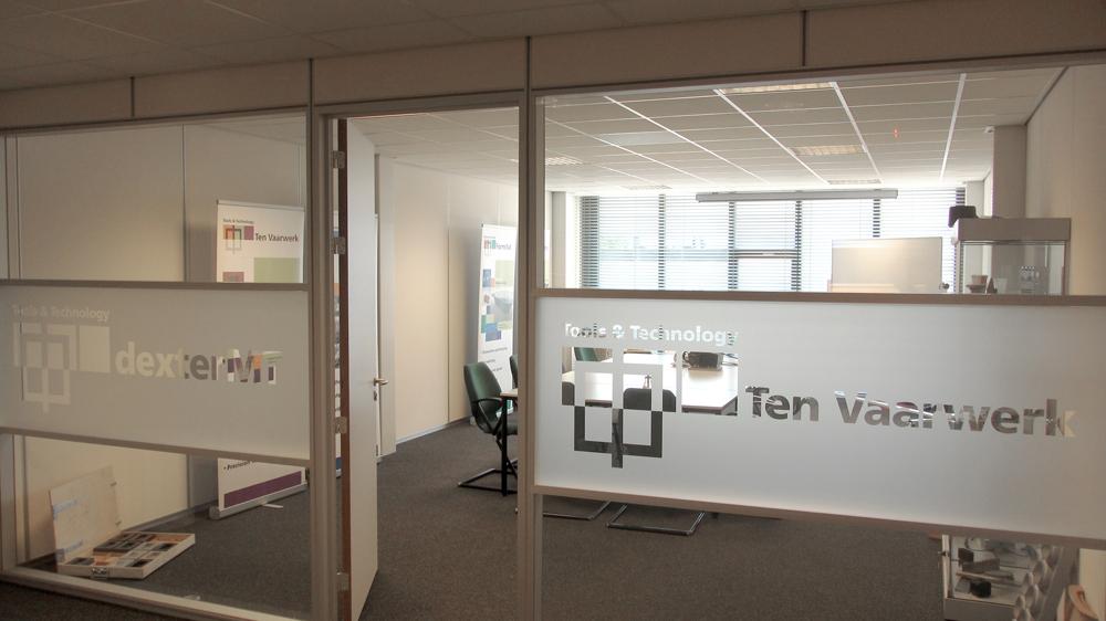 Tint – port – dexter MT – Ten Vaarwerk – dexter MT – raamdecoratie vergaderruimte